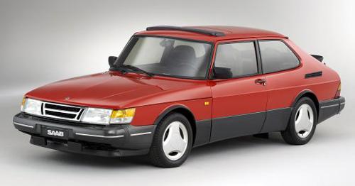 Saab 900 Talladega in Red