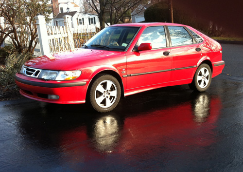 Red Saab